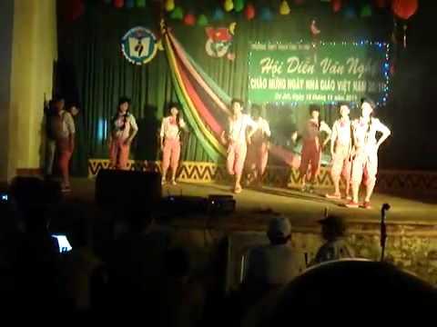 """VN2011 Phan Chu Trinh part.1 Dance """"Cười lên Dong Hae"""""""
