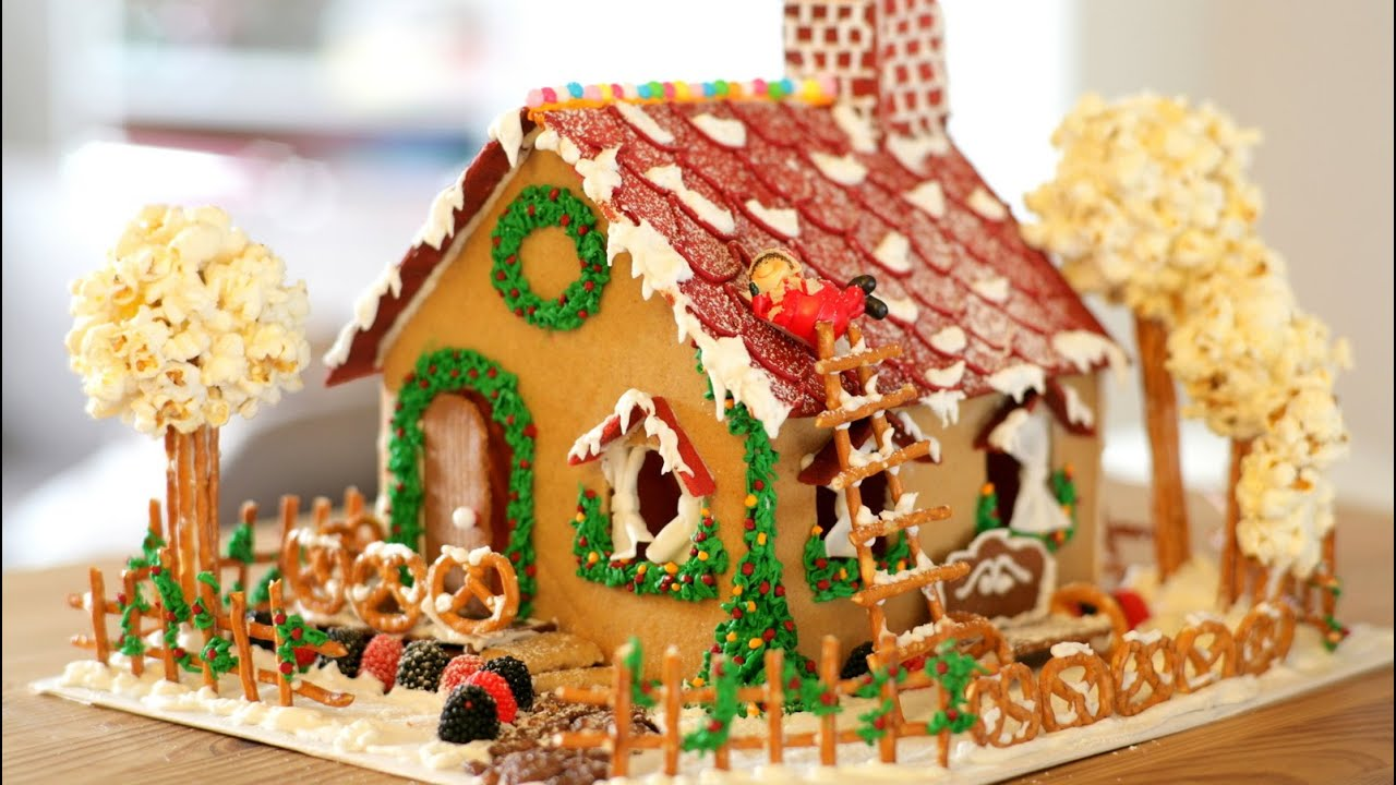 how to make gingerbread house cookie recipe icing decor c ch l m nh b nh g ng youtube. Black Bedroom Furniture Sets. Home Design Ideas