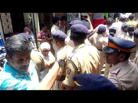 BMC demolishes 122 year old cross in Bandra West   Mumbai