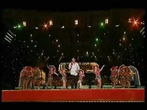 carols in the domain sydney 2007 here comes santa claus. Black Bedroom Furniture Sets. Home Design Ideas