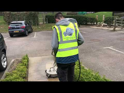 "Cleaning Indian sandstone with a 20"" patio surface cleaner"