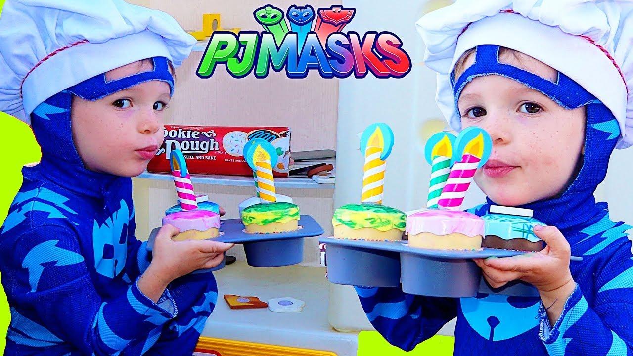 PJ Masks Gekko Catboy Make Pretend Play Birthday Cake Cupcakes