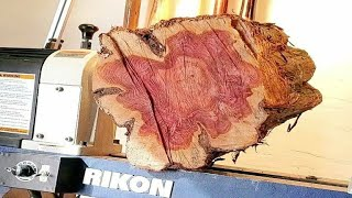 Woodturning - Rough edge log into a vase !! hollowform 【職人技】木工旋盤で丸太から壺を作る!
