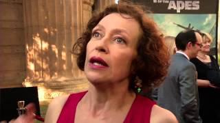 Video Dawn Of The Planet of the Apes: Karin Konoval  Red Carpet Movie Premiere Interview download MP3, 3GP, MP4, WEBM, AVI, FLV Januari 2018