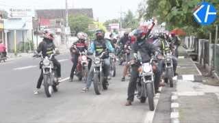 Kabar Handayani l Komunitas Motor CB Trenggalek Mampir di Gunungkidul
