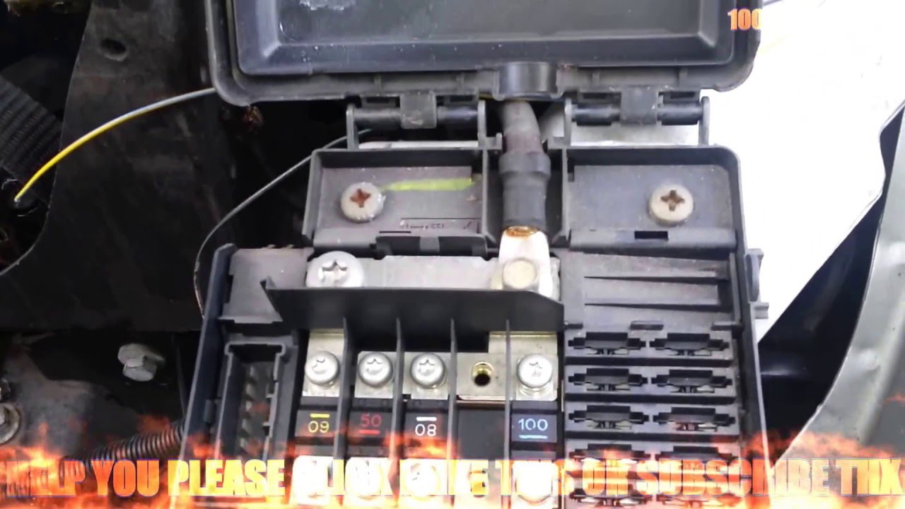 rover 75 relays fusebox youtube rover 75 connoisseur fuse box [ 1280 x 720 Pixel ]