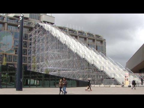 Kuitenbijter: megatrap naast Rotterdam Centraal