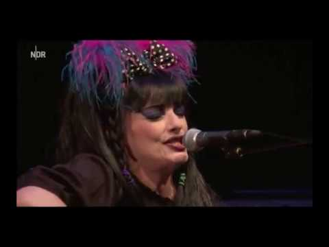 Nina Hagen huldigt Brecht im Schauspielhaus || NDR 19.10.2017
