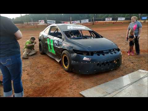 06-03-17 Jonathan Sarratt wins at Cherokee Speedway (FWD, Extreme-4)