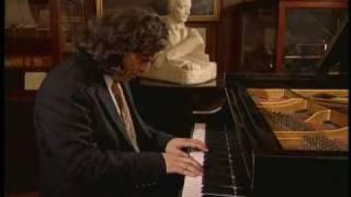 Giacomo Franci Plays Chopin Waltz op.34 no.2 Steinway Hall 1