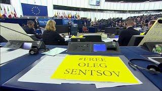 El Parlamento Europeo entrega premio Sájarov a cineasta disidente ucraniano