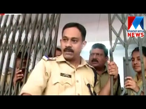 Police man's cruel attitude towards kid spreads anger among people | Manorama News