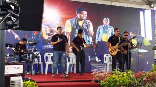 Drama Band - Biarkanlah cover by Caliph Buskers ft Sheriff Nur