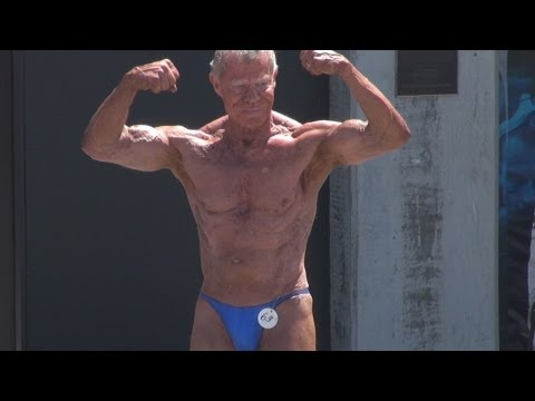 Jim Arrington 80 Year Old Bodybuilder Competing at Muscle Beach, CA 5/27/13