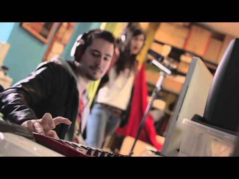 SuperDown - Grabación hilo musical
