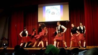 Шотландский национальный танец(Шотландский танец., 2011-02-15T12:03:29.000Z)