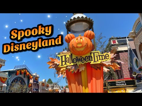 No Crowds, Spooky Decorations & More! | Disneyland Update (2019)