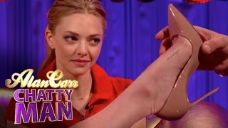 Repeat youtube video Amanda Seyfried's 'Minge' Tattoo - Alan Carr: Chatty Man