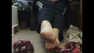 Repeat youtube video feet sniff