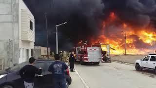 Video: Incendio en la fábrica Isla Grande