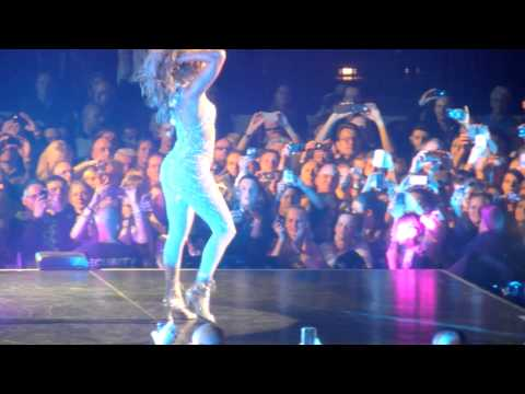 jennifer lopez - i'm into you | hamburg