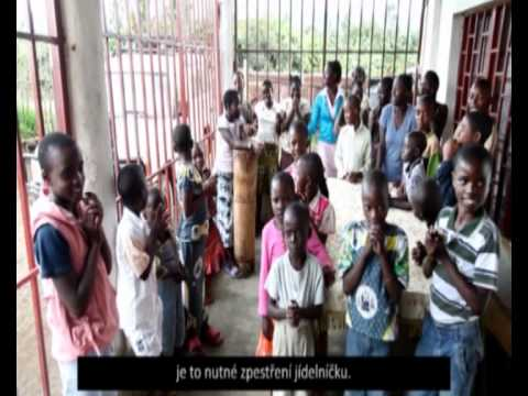 Skutečný dárek - Veselá koza v sirotčinci Kongo