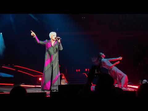 Pink - Who Knew - P!NK Beautiful Trauma Tour - Indianapolis March 17, 2018