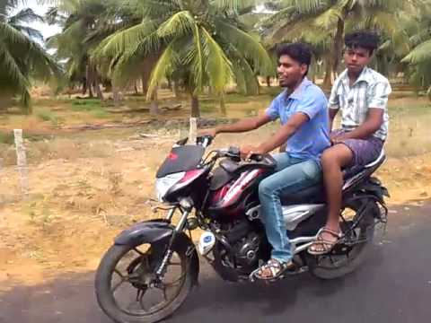 Bike stunt in thoppuvilai highways