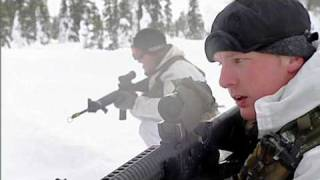 Wintertraining Korps Mariniers in Zweden