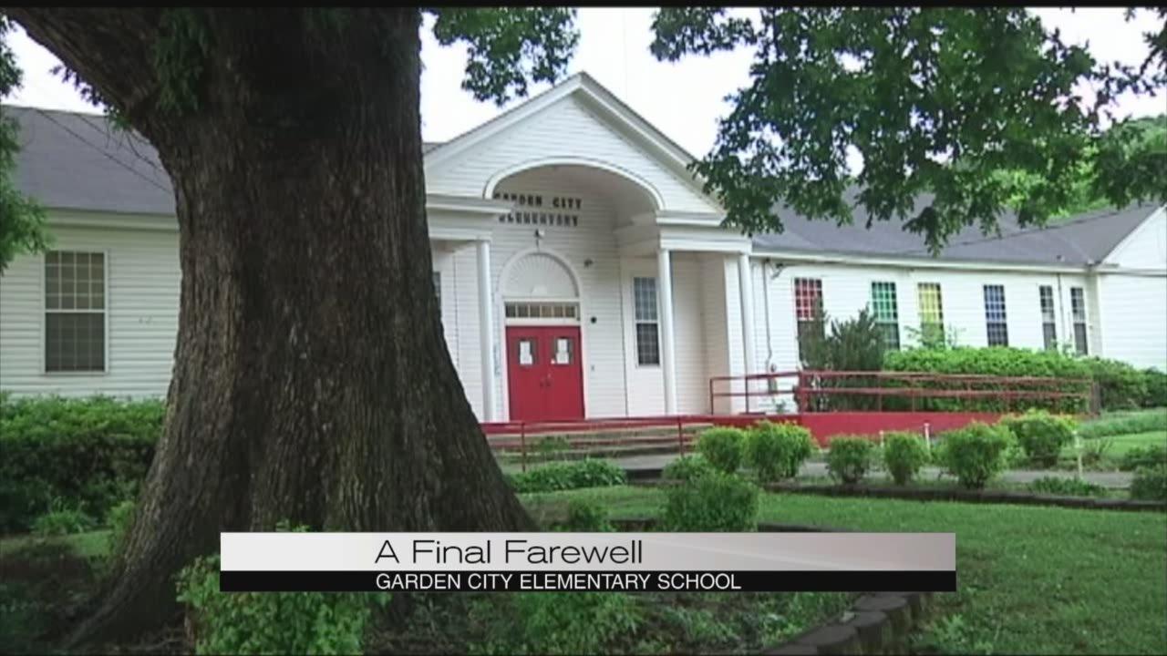 garden city elementary school closes youtube - Garden City Elementary School