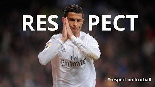 15 Aksi Menyentuh Pemain Sepakbola Dunia