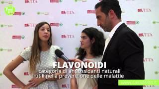 Food Quiz | Cosa sono i flavonoidi? - Le domande della Iena Matteo Viviani