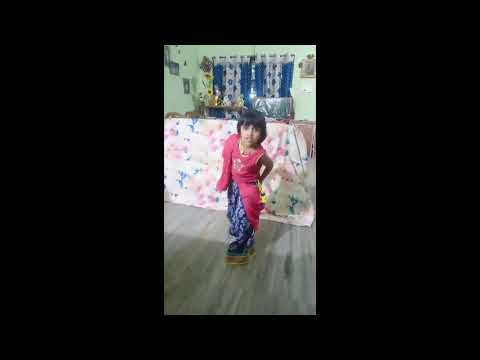 jai ambe maa gujarati song by cute little girl