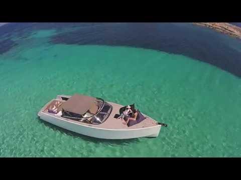 SunMarine Ibiza: VanDutch 40 in Ibiza