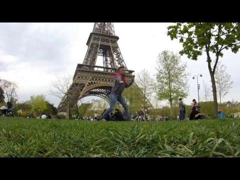 Sasha Mordusenko | dance improvisation in Paris, France