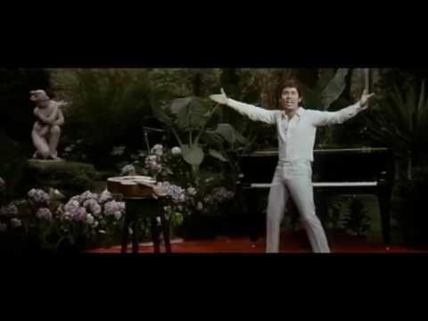 Клип из музыкального фильма «Сорванец»/ «El Golfo» (1969 г.). Поет Рафаэль Санчес (Hava Nagila)