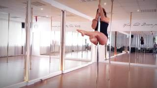 Beginner Intermedium Pole Dance Combos (Sean Paul- Rockbye)(Some Beginner Intermedium Combos that I like to teach in my classes, mostly in spin., 2016-12-08T16:38:25.000Z)