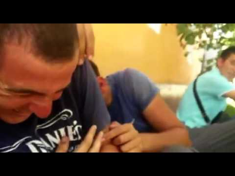 Парни целуются с парнями гей видео
