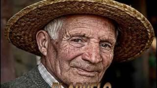 Ana Kiro, El abuelo - volvoreta40