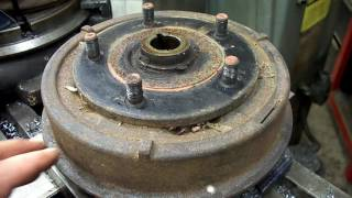 Willys Jeep hub removal and brake drum swedge cutter
