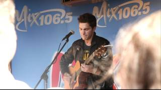 Andy Grammer Covers Snow Patrol's Chasing Cars