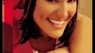 Sarina Paris-look at us remix