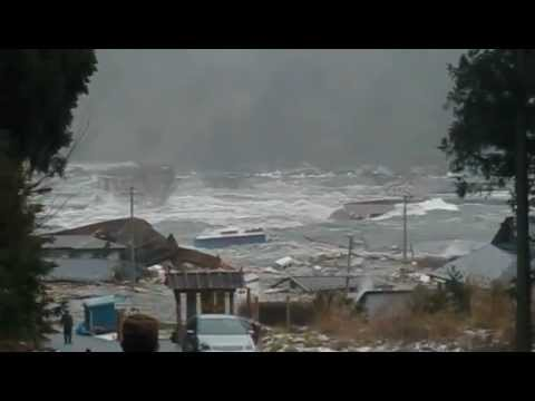 2011 Japan Tsunami: Ogatsu [stabilized with Deshaker]