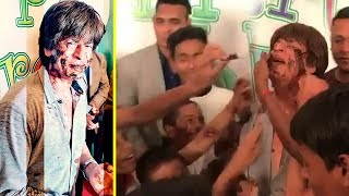 Shahrukh Khan's CUTE Moments With Poor Kids   Smashing Cake On Shahrukh Face