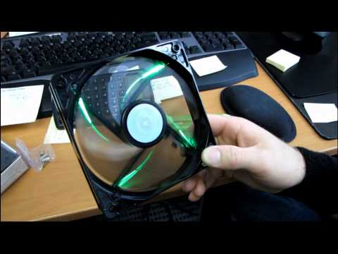 Coolermaster R4 Series 120mm LED Cooling Fans Blue & Green Unboxing & First Look Linus Tech Tips