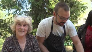 latvian celebrity chef karlis celms cooks with refugees at world refugee day 2015