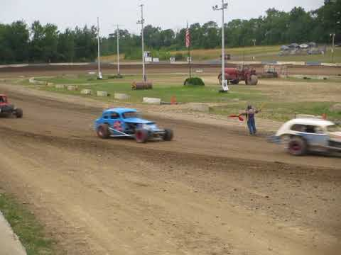 HEAT RACE AT SKYLINE RACEWAY 7-14-18