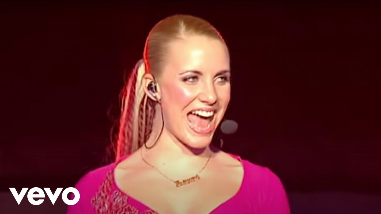 Steps - 5, 6, 7, 8 (Live At The M.E.N Arena '02) - YouTube