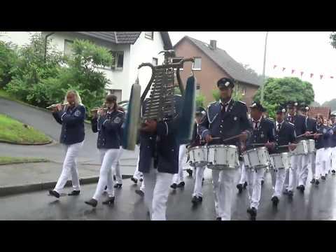 Parade und Abmarsch der Schützen in Wamel