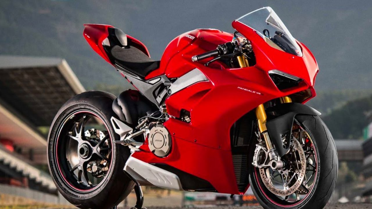 new panigale v4 first impressions youtube. Black Bedroom Furniture Sets. Home Design Ideas